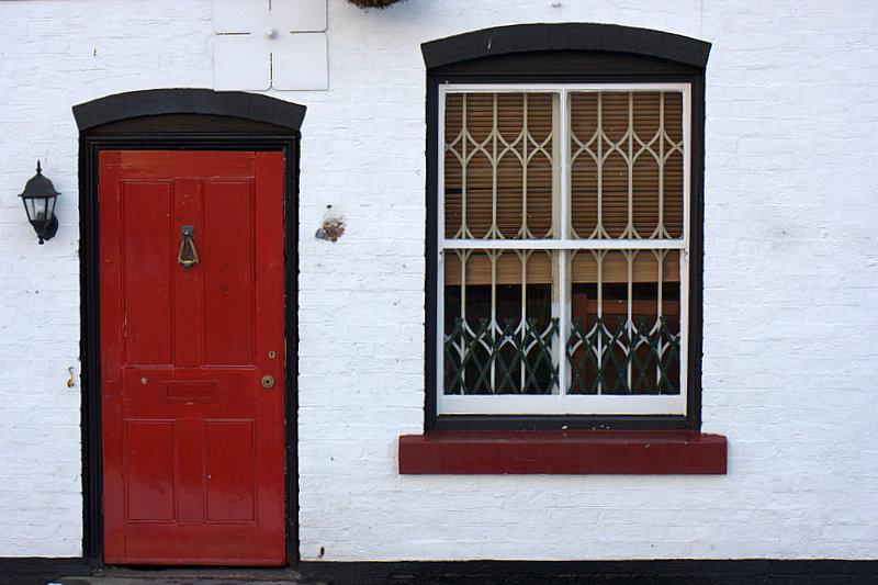 rojo-blanco-negro-casa.jpg